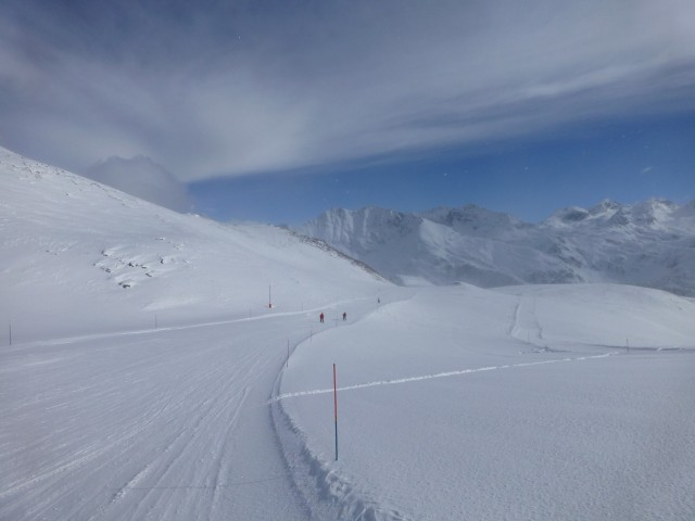 Empty Pistes - Bliss